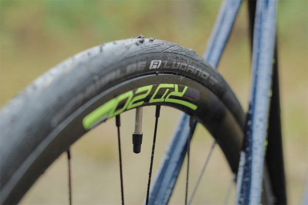 Cannondale Synapse Carbon wheels small