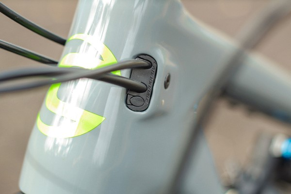 Cannondale Trigger cable routing