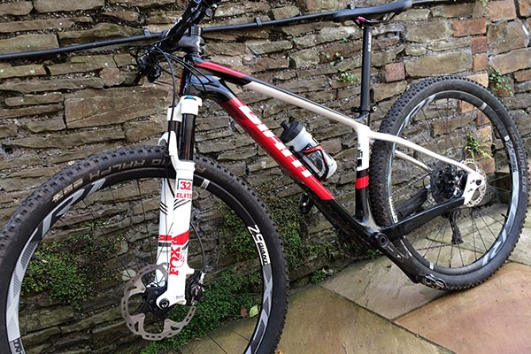 Alex reviews the Giant XTC Advanced 1 29er