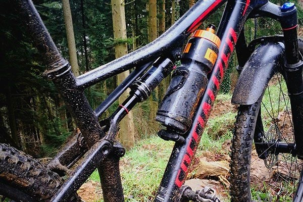 Team Rider Dave s takes a closer look at the Epic's suspension