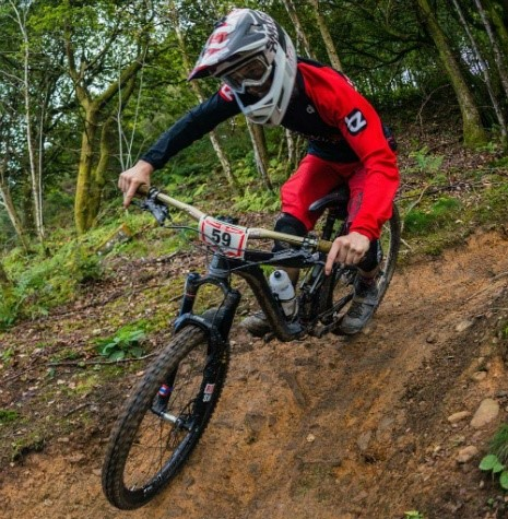 Determined to win, Lewis Bradley gives stage 3 Welsh Gravity Enduro Cwmcarn his all