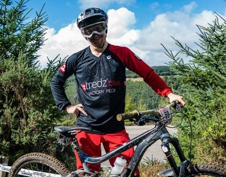Lewis Bradley warms up for the Welsh Gravity enduro