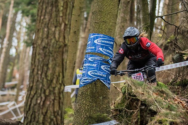 Team Tredz Rider Lyndsay tackling the twisty difficult wooded area of the course