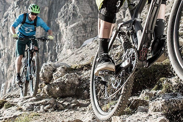Best Flat Mountain Bike Shoes For Drops