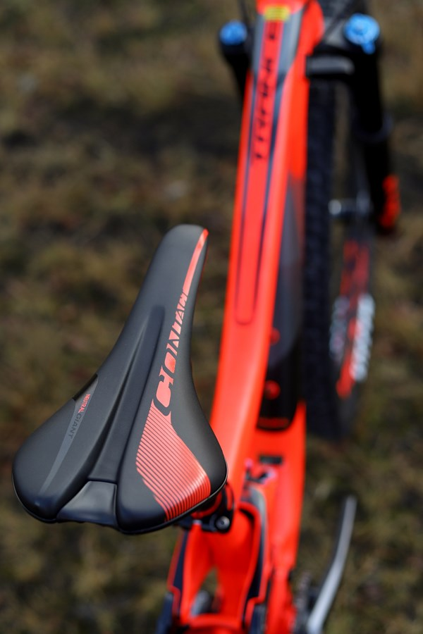 Giant Trance 2018 saddle