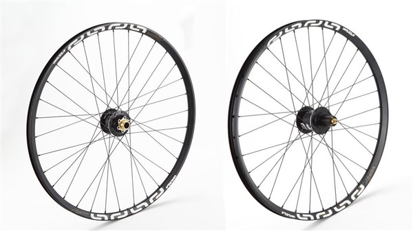 Image of E-Thirteen TRS+ 29 inch MTB Mountain AM Wheelset - QR 15/20mm