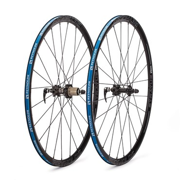Image of Reynolds Stratus Pro Disc Road Wheelset