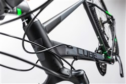 Cube Cross 28 Trapeze  2017 - Hybrid Sports Bike